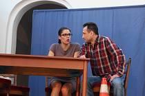 Prázdninovou přehlídku Dostavníčko s divadlem zahájilo ve čtvrtek 2. července Divadlo bez zákulisí ze Sokolova.
