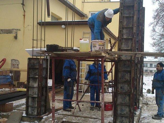 V Lipníku nad Bečvou přestavují bývalé kino Svět na kulturní středisko Echo