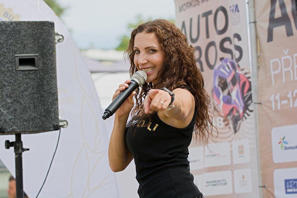 Olga Lounová. Sedmý podnik ME v autokrosu 2018 hostila Přerovská rokle