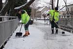 Odklízení sněhu v přerovských ulicích