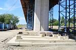 Stavba estakády nad železniční tratí v Předmostí, 30. 7. 2020