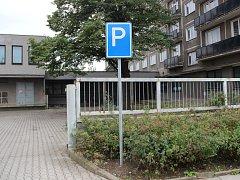 Přerované mohou nově zaparkovat na prostranství vedle Strojaře. K dispozici jsou více než tři desítky míst.