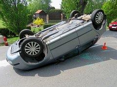 Nehoda řidičky fabie v Kojetíně