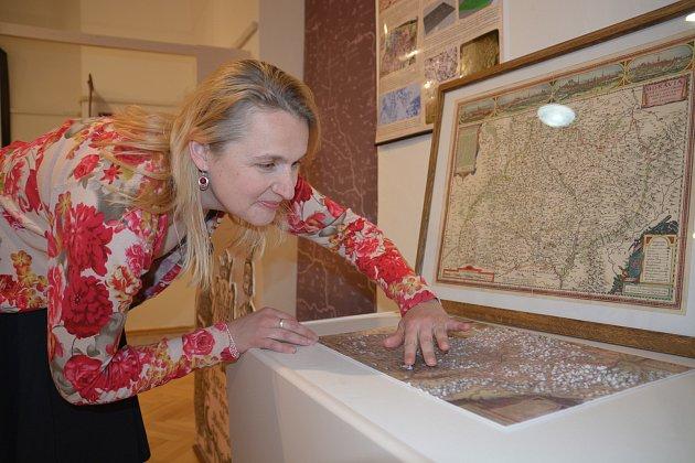"""V Muzeu Komenského v Přerově začala ve čtvrtek výstava s názvem """"Morava nově zakreslená aneb Komenského mapa Moravy, co bylo před ní a po ní""""."""