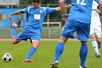 Fotbalisté Viktorie Přerov (v modrém). Ilustrační foto