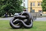 Kovové sochy jsou velkým lákadlem k letní návštěvě města Lipník nad Bečvou. Lukáš Rais: Archimedon.
