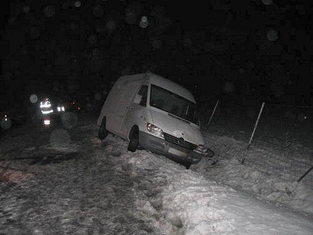 Nehoda dodávky na D1 u Hrabůvky