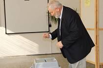 První voliči u komunálních voleb v Přerově