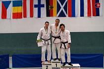NA ŠPICI. Judisté hranického Železa se zúčastnili Mistrovství Masters Německa. Lukáš Kyrych (uprostřed) získal dvě zlata.