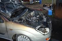 Požár auta v Měrovicích
