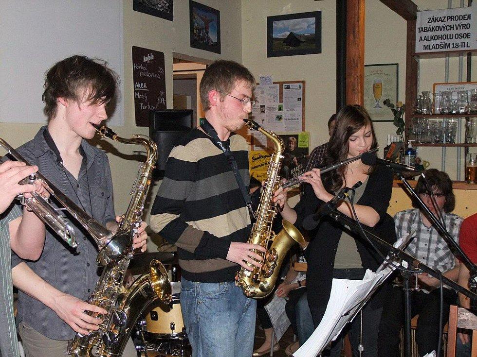 V Přerově v sobotu 5.3.2011 koncertovali jazzmani ze Základní umělecké školy B. Kozánka