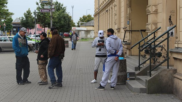 U nádraží v Přerově se lidé moc bezpečně necítí.
