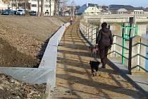 Noví zídka na nábřeží R. Lukaštíka v Přerově, 2. prosince 2020