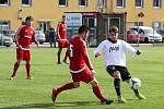 Fotbalisté Kozlovic (v bílém) v generálce na divizní jaro přehráli Ústí 3:0. Lukáš Petržela