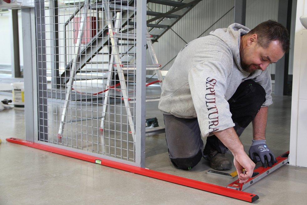 Střední zemědělská škola v Přerově získala nové zázemí pro odborný výcvik. Vybudování moderní haly přišlo na bezmála 60 milionů korun.