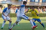 Fotbalisté Přerova (v bílém). Ilustrační foto