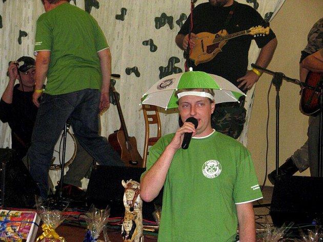 Osmnáctý ročník trampského festivalu se odehrál v Sokolovně.