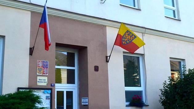 Moravskou vlajku v minulosti vyvěsili i ve Výklekách