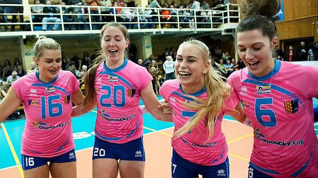Volejbalistky Prostějova slaví v Přerově postup do semifinále