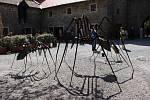 Výstava s názvem Metalomorfózy na Helfštýně