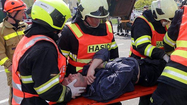 Soutěž hasičů ve vyprošťování v Přerově