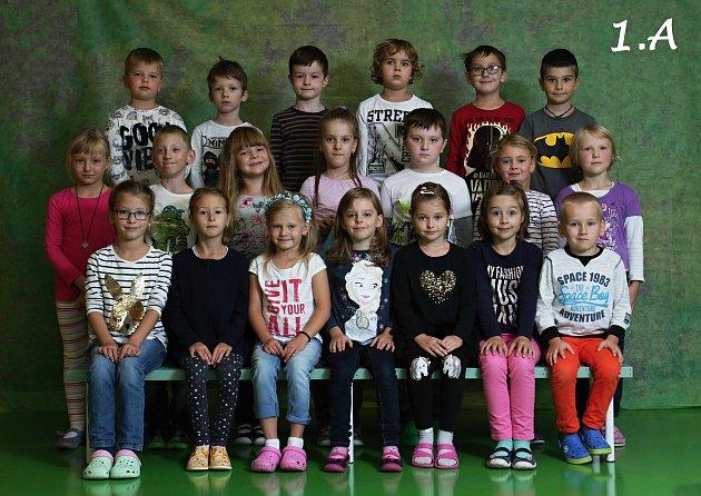 Základní škola Trávník, Přerov. 1.A. Třídní učitelka: Hana Logajová