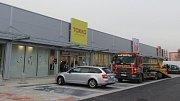 Nové nákupní centrum vyrostlo v areálu bývalých Želatovských kasáren v Přerově
