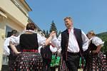 Stovky spokojených návštěvníků, koncerty a atrakce pro děti.  V Teplicích nad Bečvou se v sobotu konalo už 465. otevírání lázeňské kolonády.