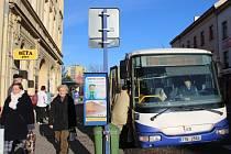 Přerované mají konečně důvod k úsměvu. Autobusové spoje jezdí od úterka podle jízdního řádu.