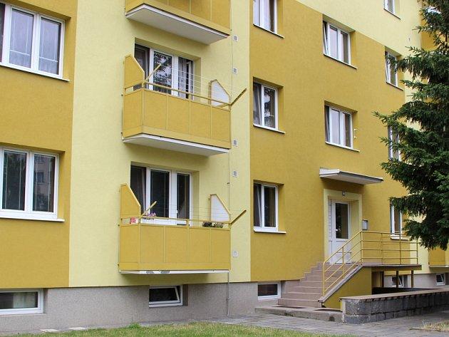 Panelový dům vTovačově, ve kterém došlo kdvojnásobné vraždě