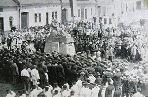 Jak jsme žili v Československu - Dřevohostice
