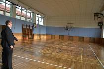 Střední škola gastronomie a služeb na Šířavě v Přerově má nově opravenou tělocvičnu.