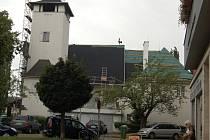 Střecha evangelického kostela v Přerově v době rekonstrukce
