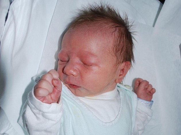 Nicolas Kunc, Přerov, narozen 7. prosince 2009 v Přerově, míra 47 cm, váha 2 780 g
