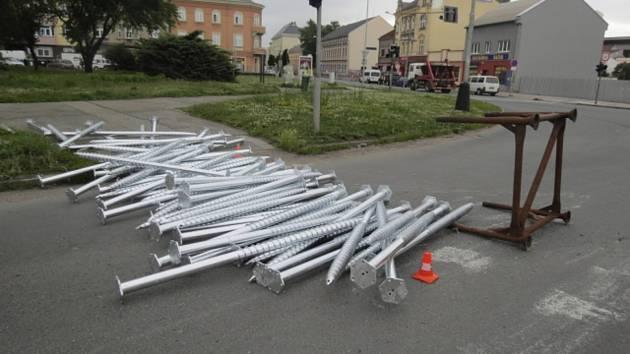 Nehoda nákladního nissanu v ulici Velké Novosady v Přerově