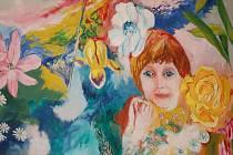 Matka muže z Přerova, obviněného z vraždy dvou manželů, miluje výtvarné umění a sama je autorkou několika výtvarných děl. Na jednom z obrazů s názvem Růžový mrak ztvárnila svého syna, když byl malé dítě