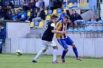 Fotbalisté Kozlovic (ve žlutomodré) proti Pelhřimovu