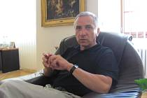 Bývalý přednosta Okresního úřadu a starosta Lipníku nad Bečvou Miloslav Přikryl, který v době před patnácti lety řídil záchranné práce na Přerovsku