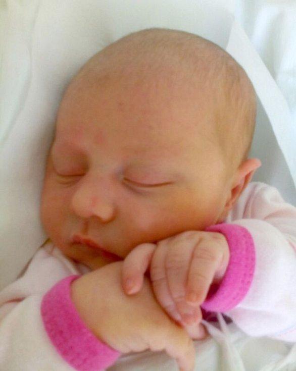 Tereza Hamplová, Přerov, narozena dne 2. září v Přerově, míra 50 cm, váha 3414 g