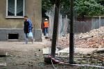 Bourání v přerovské Škodově ulici v říjnu 2010