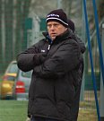 Fotbalisté 1. FC Viktorie Přerov v přípravném utkání v Hranicích proti domácímu SK. Trenér SK Hranice Jan Jursík.