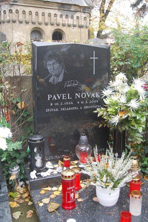 Hrob Pavla Nováka