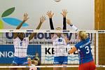 Volejbalistky Přerova (v bílém) proti Olympu Praha