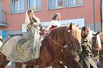 Centrem Přerova se vydal v neděli dopoledne historický průvod, který byl zlatým hřebem letošních Svatovavřineckých hodů. Připomněl den, kdy byl Přerov povýšen na královské město.