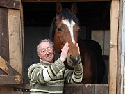 Žokej, trenér a chovatel koní z Radkovy Lhoty Milan Foukal