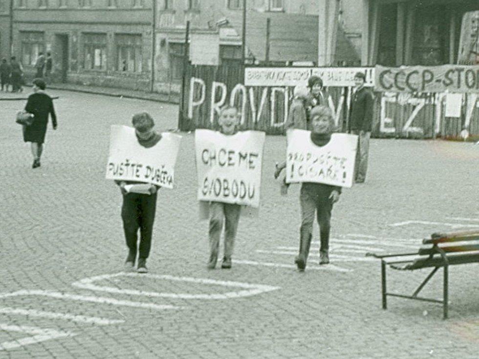 Obyvatelé Přerova dávali svůj nesouhlas s obsazením země jasně najevo.