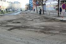 Žerotínovo náměstí v Přerově dostane nový asfaltový koberec. 2. 12. 2020