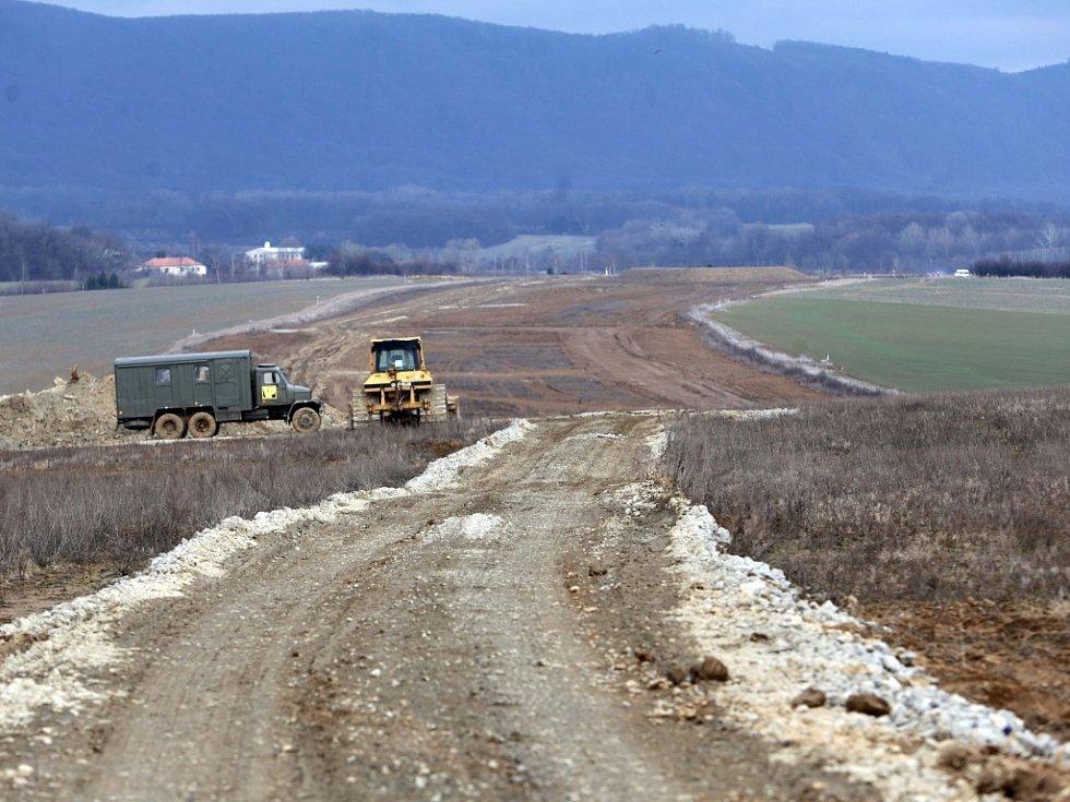 Stavba dálnice D1 u Trnávky