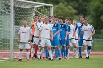 Fotbalisté Přerova (v modrém) v přátelském utkání s 1. HFK Olomouc