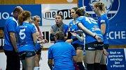 Volejbalistky Přerova (v modrém) proti TJ Ostrava. Foto: Deník/Jan Pořízek